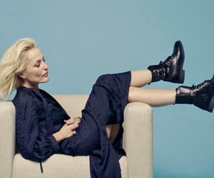 sit on my face pls and gillian anderson image