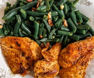 bacon, green beans, and Chicken image