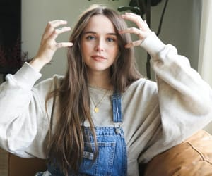 aesthetic, clothes, and girl image