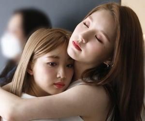 gg, heejin, and yeojin image