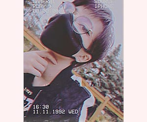 alternative, grunge, and shorthair image