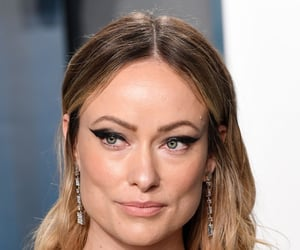awards, vanity fair oscar party, and Olivia Wilde image