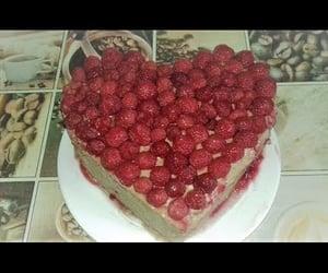 video, cake chocolate, and raspberry cake image