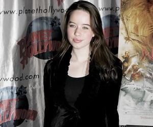 susan pevensie, anna popplewell, and narnia image