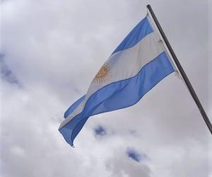 argentina, bandera, and cielo image