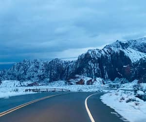 nature, invierno, and mountains image