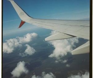 aeroplane, cielo, and high image