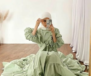 aesthetic, dress, and hijab image