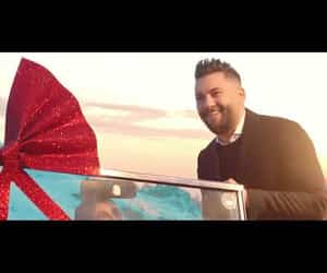 valentine, official music video, and وليد الشامي image