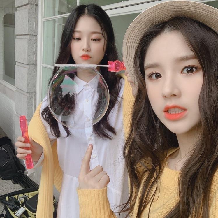 heejin, hyunjin, and loona image