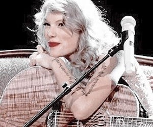 edits and Taylor Swift image