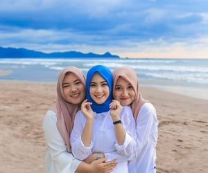 beauty, hijab, and muslimah image