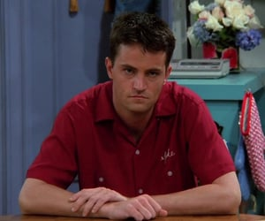 chandler bing, f.r.i.e.n.d.s, and tv show image