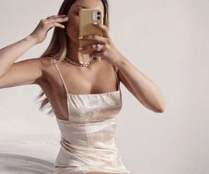 accessories, body, and chic image