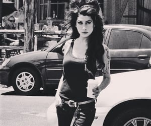 Amy Winehouse image