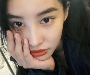pristin, kang gyeongwon, and hinapia image