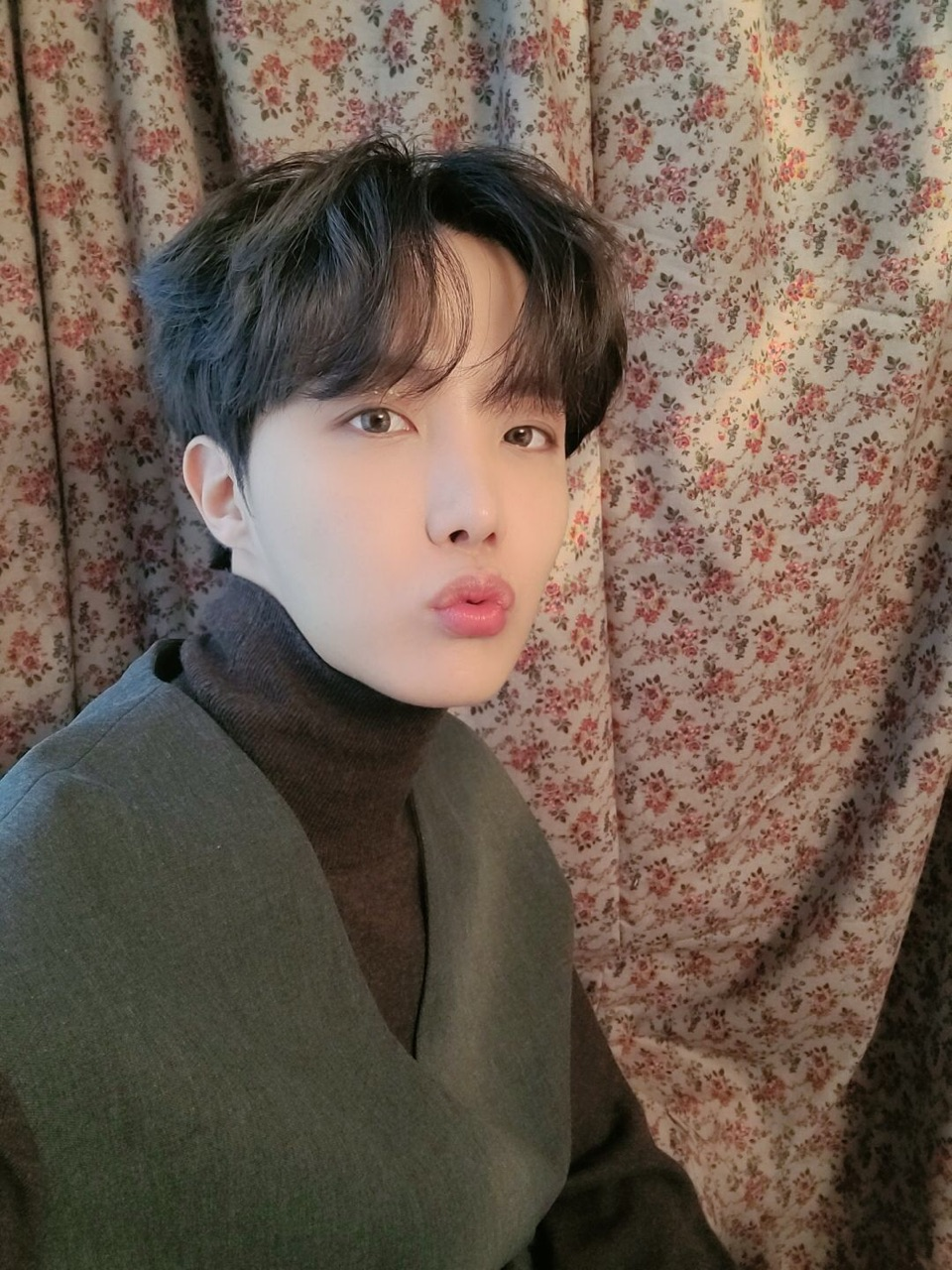 korean boy, bts, and weverse image