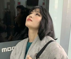 beautiful girl, kpop, and momo image