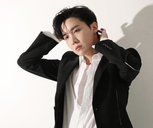 article, jhope, and btsarmy image