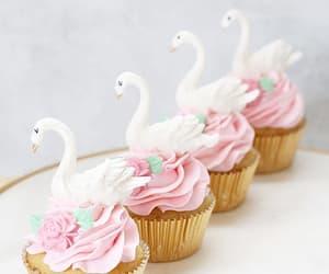 cupcake, food, and Swan image