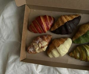 croissant and food image