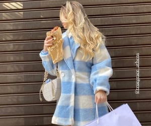 aesthetic, blonde, and bread image