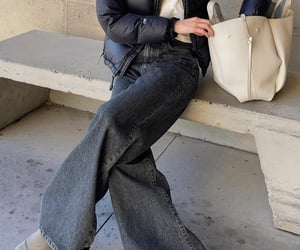 blogger, look, and wide leg jeans image