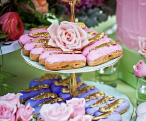 alice in wonderland, cake, and cakes image