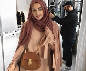 girl, hijabista, and bag image