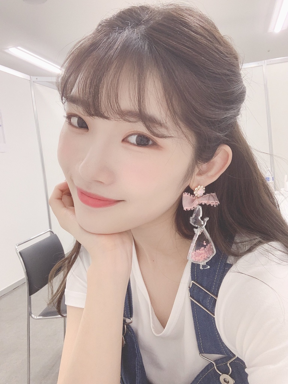 article, siren, and kpop idol image