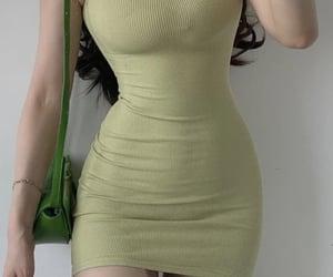 slim waist, tiny waist, and wide hips image