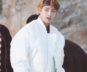 bts, taehyung, and 태형 image