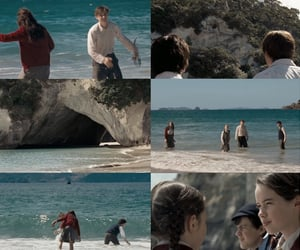 lucy pevensie, narnia, and peter pevensie image