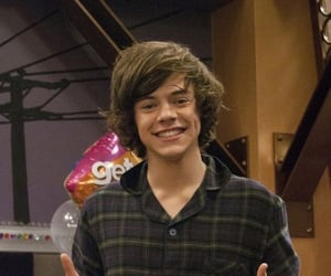 fine line, icarly, and 1d image