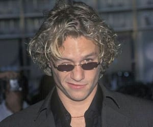 heath ledger, 90s, and joker image