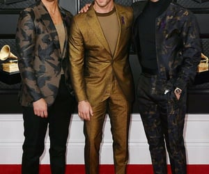 Joe Jonas, kevin jonas, and jonas brothers image