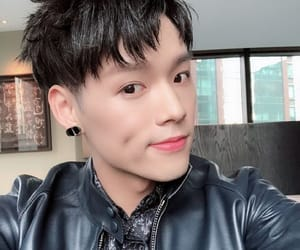 jeffrey, idol producer, and dong youlin image