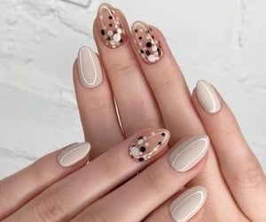 design, fashion, and glitter nails image