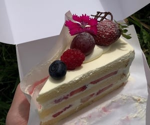 aesthetic, berries, and cake image