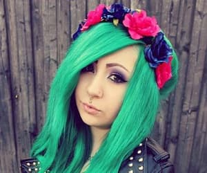 flower crown, alternative girl, and green hair image