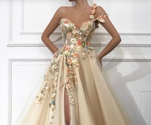 dress, fashion, and gowns image
