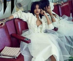 rihanna, robyn rihanna fenty, and white outfit image