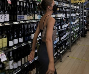 grocery shopping, summer inspo, and black crop top image