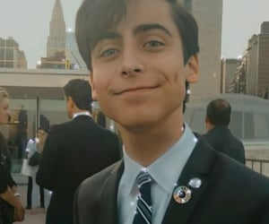 five, cinco, and aidan gallagher image