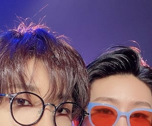 details, glasses, and kpop image