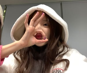 kpop, soojin, and weeekly image