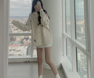 aesthetic, tall, and outfit image