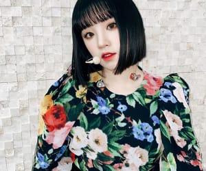 jeon soyeon, g-idle, and minnie nicha image