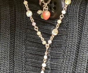 accessories, grunge, and pearl necklace image