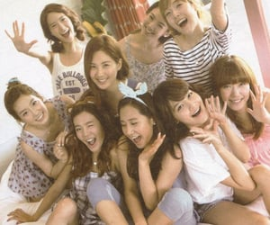 jessica, sooyoung, and snsd image